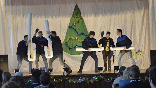 Отчетный концерт коллективов ДО 2017 7