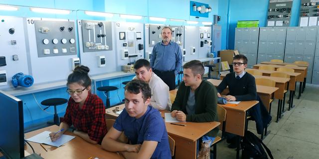 Подготовка юниоров компетенции «Электромонтажные работы»