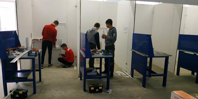 Тренировки по компетенции «Электромонтаж -юниоры»